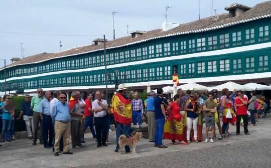 Concentración en Almagro por la Unidad de España