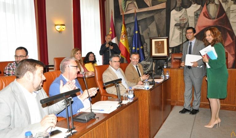 La Diputación Provincial de Ciudad Real aprueba por unanimidad el convenio para la inversión de nueve millones en euros en caminos