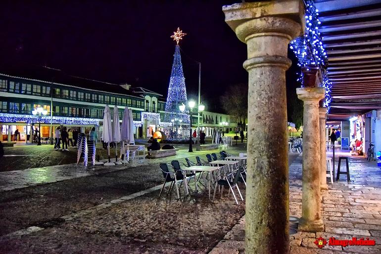 Almagro inauguró el alumbrado navideño que da comienzo a la Navidad 2017